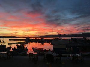 Skala Polichnitou sunset